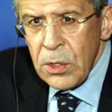 Russisk udenrigsminister Sergej Lavrov beskylder USA for røveri. Det sker efter amerikanerne har beslaglagt russiske diplomaters ejendomme sidste år, efter beskyldninger om russernes ulovlige indblanding i det amerikanske præsidentvalg. »Helt uacceptabelt«, kalder udenrigsministeren beslaglæggelsen.
