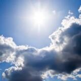 Den østlige del af landet får en højtrykspræget weekend. Colourbox