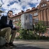 Jakob Næsager (K) vil have en bedre københavnsk folkeskole med mindre fravær blandt lærere og elever. Det er man lykkedes med på Amager Fælled Skole (billedet, red.).