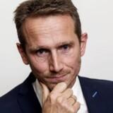 Finansminister Kristian Jensen taler med pressen efter at regeringen sammen med DF har landet en aftale om registreringsafgiften torsdag d. 21 september 2017 i Finansministeriet. (Foto: Uffe Weng/Scanpix 2017)
