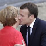 Emmanuel Macron vil sætte turbo på reformplaner for eurozonen, men Tyskland udviser øget skepsis. Torsdag tog den tyske kansler Angela Merkel imod den franske præsident i Berlin.