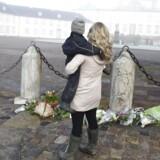 Blomster foran Fredensborg Slot i Nordsjælland onsdag den 14. februar 2018. Hans Kongelige Højhed Prins Henrik sov tirsdag den 13. februar kl. 23.18 stille ind på Fredensborg Slot. (Foto: Liselotte Sabroe/Scanpix 2018)