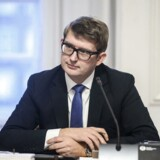 Beskæftigelsesminister Troels Lund Poulsen (V) vil sætte turbo på jobskabelsen - især skal langt flere fra ikke-vestlige lande i job, lyder det fra ministeren.