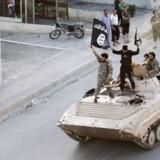 I Syrien tilsluttede dansk-syreren A.S. sig i 2012 Den Islamiske Bevægelse af Frie Mænd i Levanten – en gruppering med tætte bånd til al-Qaeda.Han endte med at bruge flere år i det borgerkrigshærgede land og på et tidspunkt undervejs tilsluttede han sig angiveligt terrorgruppen Islamisk Stat.