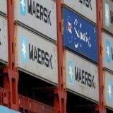 Maersk Lines opkøb af den tyske konkurrent Hamburg Süd er nået et skridt tættere på, da rederiet har underskrevet en købsaftale med ejeren, Oetker Group.