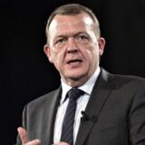Lars Løkke Rasmussen er på besøg i Østrig, hvor han proklamerer, at han vil lukke grænsen hårdere i end Østrig.