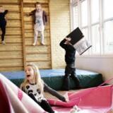 Efter lang tids tilløb er der endelig verificerede tal for normeringerne i daginstitutionerne i 75 af landets 98 kommuner. Arkivfoto fra Vognmandsparkens Børnehave i Roskilde.