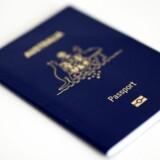 Australske politikere ønsker at fratage pædofile deres pas - for at forhindre at de dømte rejser udenlands og forulemper igen.
