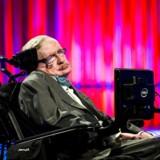 Stephen Hawking var ikke blot teoretisk fysiker, men også en samfundsdebattør, der advarede om, at menneskene inden for 100 år vil gøre jorden ubeboelig. (Foto: Ólafur Steinar Gestsson/Scanpix 2016)