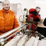 Professor og isforsker Dorthe Dahl-Jensen har modtaget næsten 40 millioner kroner. De skal bruges på at forudsige fremtidens havvandsstigninger. Her ses hun i et fryserum, hvor mere end 50 km grønlandsk is er opbevaret.