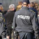 Politiet beder om hjælp fra offentligheden efter et bandemedlem angiveligt er blevet kørt ned med vilje.