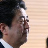 Arkivfoto: Den japanske premierminister, Shinzo Abe, løfter endnu en gang pegefingeren over for Nordkorea, der mandag morgen udførte en ny missiltest til trods for adskillige fordømmelser og advarsler.