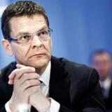 Ole Andersen, der er kendt for formandsposter i blandt andre Danske Bank og B&O, må notere en lille tilbagegang i sit personlige selskab.