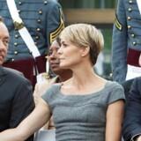 Michael Kelly (længst til højre) har rollen som Frank Underwoods stabschef, Doug Stamper, i sæson 4 af »House of Cards«, der har premiere fredag.