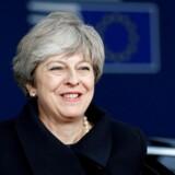 Kommissionsformand roser May for godt arbejde. Han siger, at briterne beslutter, om skilsmisse realiseres.