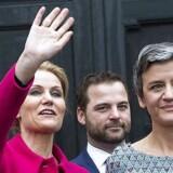Helle Thorning-Schmidt kunne mandag præsentere sit nye ministerhold for Dronningen og Kronprinsen. Hun har vinket farvel til seks SF-ministre, der er erstattet med radikale og socialdemokrater.