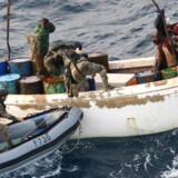 Soldater entrer et somalisk piratskib