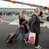 Der er ingen jetbroer fra CPH Go, så man må som passager ud på en mindre spadseretur for at komme ombord på sit fly.