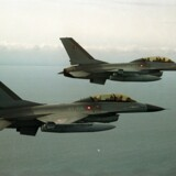 Danmark bidrager med fire F16 fly i flyveforbuddet over Libyen.