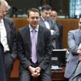 Den franske finansminister, Pierre Moscovici morer sig her med den tyske finansminister Wolfgang Schäuble ved et Ecofin-møde i juli. Ifølge Nykredits chefanalytiker, Ulrik Bie bør franskmanden dog have rigeligt af bekymringer for fremtiden.