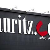 Lisbeth og Bertel Christensen køber blandt andet designermøbler hos auktionshuset Lauritz.com.