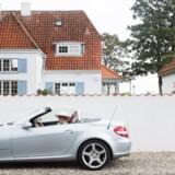 Bente Troense købte for et par år siden sin drømmebil, en Mercedes SLK, som hun kalder Slikkeline på grund af bogstavkombinationen.