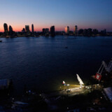 Solnedgang over det US Airways fly, der styrtede ned i Hudson River i New York i januar 2009.