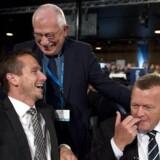 Så muntert var det - Uffe Ellemann Jensen spøger med Kristian Jensen og Lars Løkke Rasmussen til landsmødet i Venstre.