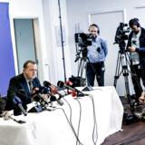Lars Løkke Rasmussen fremlagde søndag 20. okt. 2013 bilag i GGGI-sagen ved et pressemøde. Hele sagen har kostet dyrt på vælgerkontoen for Venstre.