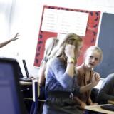 Der er kommet markant flere store klasser med 25 elever og derover. Danmarks Lærerforening har foreslået, at den højest tilladte klassekvotient sættes ned fra de nuværende 28 elever per klasse til 24.