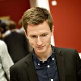 Den nu forhenværende SFer Jesper Petersen forlod i går det parti, han blev valgt ind for i 2007, og meldte sig ind hos Socialdemokraterne. Han er en af fem fremtrædende unge SF'ere, der har forladt SF gennem den seneste tid.