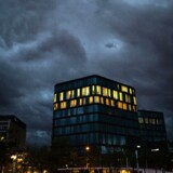 Det økonomiske uvejr ligger stadig over Danmark. Det mener vælgerne, der ikke har stor tiltro til snarlig opklaring.