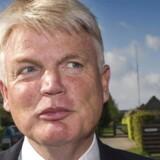 Tidligere departementschef i Skatteministeriet, Peter Loft, ankommer til afhøring i Skattesagskommissionen mandag den 13. maj 2013.