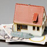 Boligejere med lån med renteloft kommer først, når det gælder at få glæde af den faldende rente.