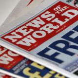 De engelske avissælgere og kiosker forventer et sandt amokløb på avishylderne i morgen tidlig, når den uigenkaldeligt sidste udgave af News of the World udkommer.