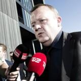 Lars Løkke møder forretningsudvalget i Venstre for at tale tøj og ferie på Crown Plaza.