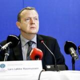 Lars Løkke Rasmussen fremlægger bilag i GGGI-sagen.