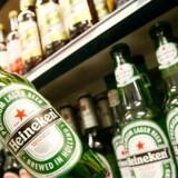 Carlsberg iværksatte i efteråret en større turnaround i Kronenbourg, men effekten lader endnu vente på sig, og nu overhaler Heineken det franske bryggeri hvad angår omsætning.