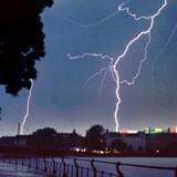 Arkivfoto: Tordenvejr ved Dronning Louises bro.