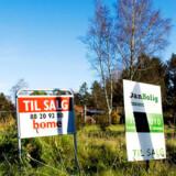 Boligsælgere og ejendomsmæglere er ikke hinandens bedste venner for tiden.