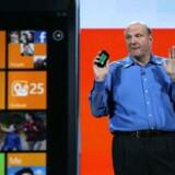 Snart kan Microsofts Windows Phone også dansk.