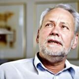Ansættelse i et seniorjob må ikke presse andre ud af jobbet, mener FOAs formand Dennis Kristensen.