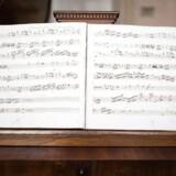 Udsnit af det håndskrevne Mozart-partitur, som menes at være skrevet, da Mozart var ti år gammel.