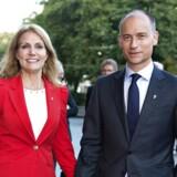 ARKIVFOTO. Statsminister Helle Thorning-Schmidt med sin mand Stephen Kinnock.