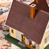 Forskellen mellem de forskellige selskabers bidragssatser kan udgøre mange tusind kroner over lånets løbetid.
