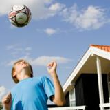 Sommerhuse falder ikke meget i pris, men rentefald har alligevel gjodt den månedlige ydelse lavere.