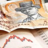 Kurserne på obligationer er ikke så skarpe som tidligere - kursspændet mellem bud og udbud betyder, at obligationskøbere må indkassere et kurstab med det samme.