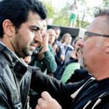 Per Ramsdal (th.) er sendt på tre ugers ferie af biskoppen efter anklager om, at han er klar til at begå lovbrud for at hjælpe udviste irakere.