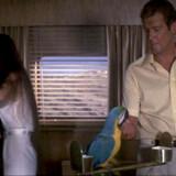 """Roger Moore kom stærkt tilbage i Bond-rollen i """"Strengt fortroligt"""" i 1981 efter en skuffelse i """"Moonraker""""."""