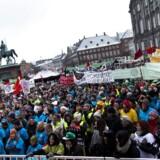 Lærerdemonstration på Christiansborg Slotsplads onsdag 20. marts 2013.